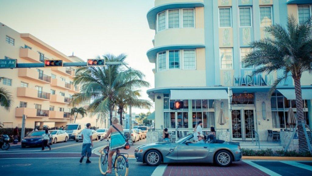 Miami_Art_ArtDeco_CC1.0.jpg