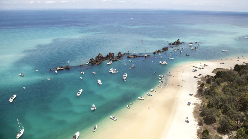 Australia_Sports&Nature_MoretonIsland_Shutterstock(2).jpg