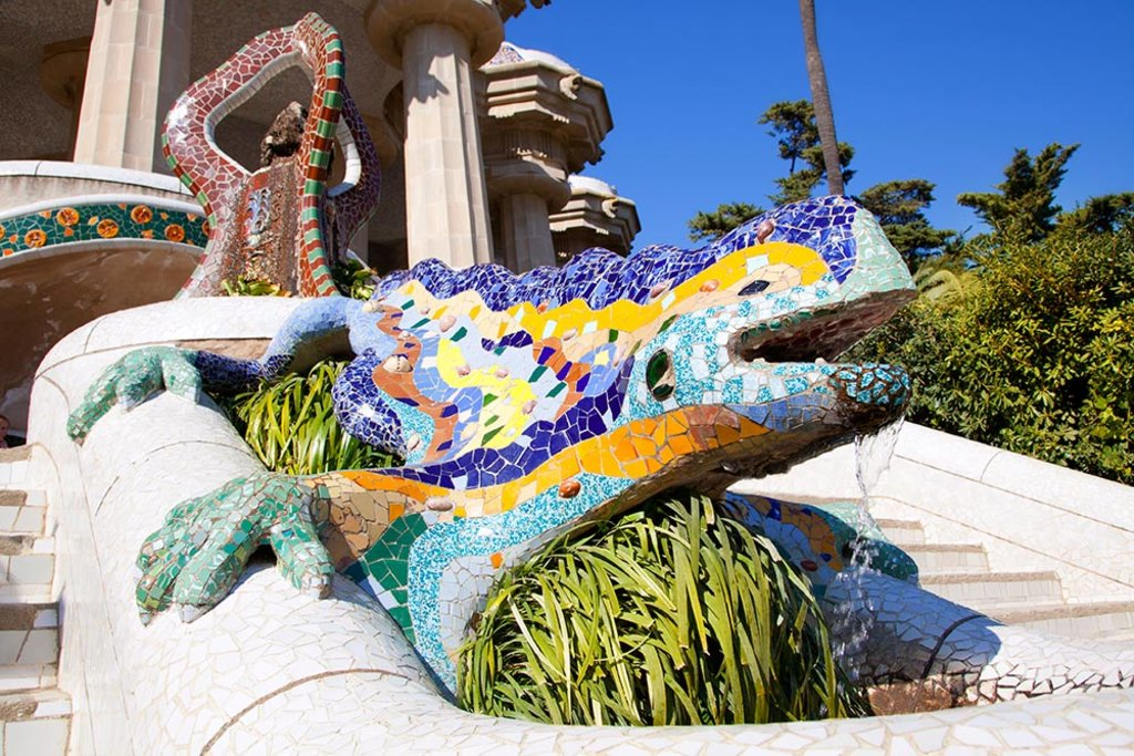 dragon-parc-guell-istockphoto.jpg