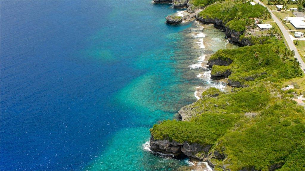 Alofi featuring rugged coastline