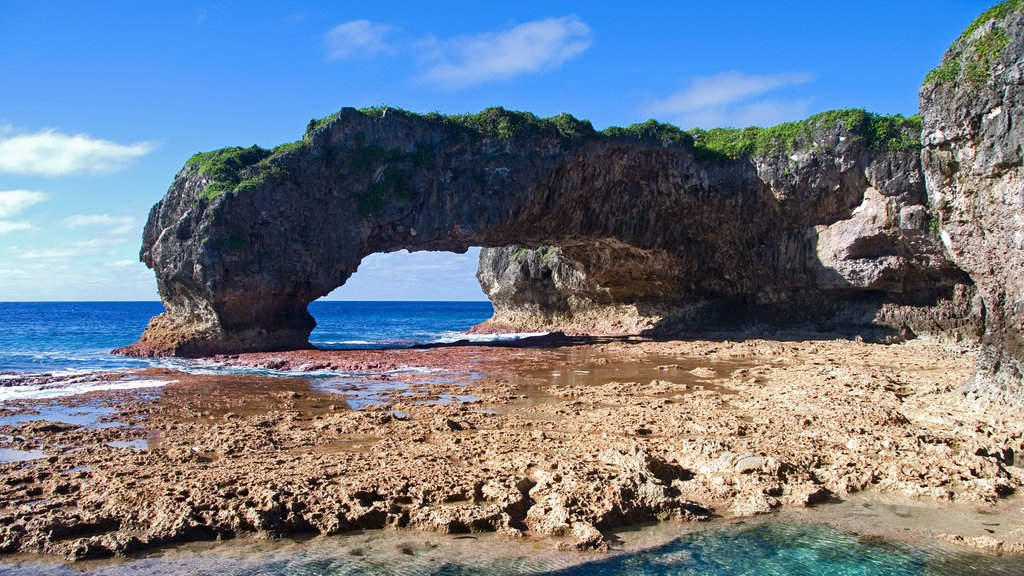 Talava Arches featuring rocky coastline