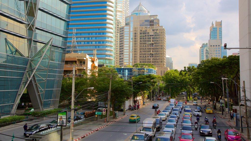 Sukhumvit which includes street scenes
