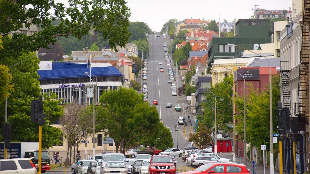 Dunedin showing street scenes