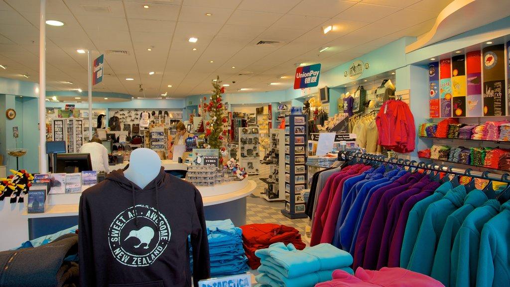 International Antarctic Centre showing interior views and shopping