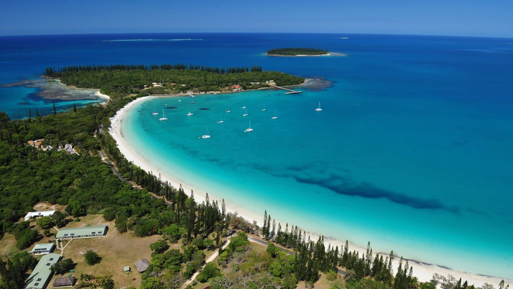 New Caledonia featuring a bay or harbor and landscape views