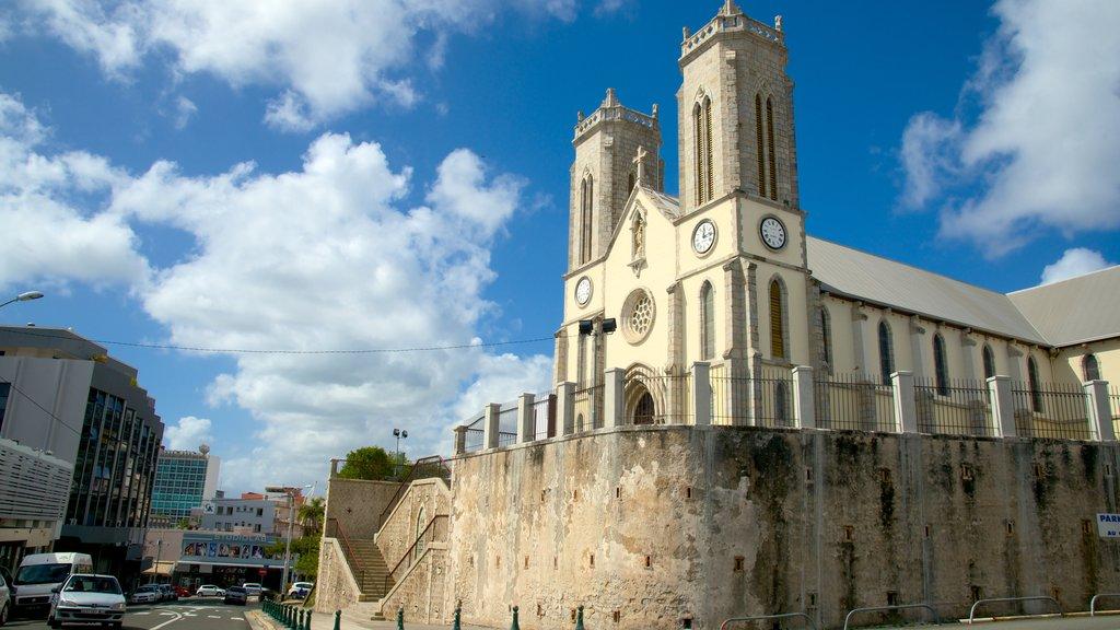 Catedral de Noumea mostrando elementos del patrimonio