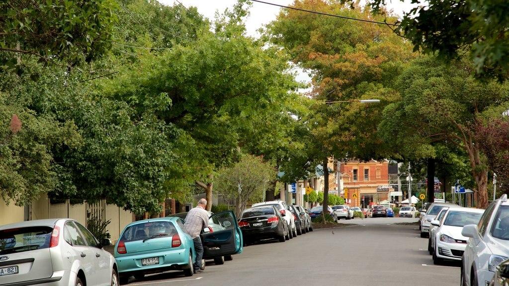 Kew featuring street scenes