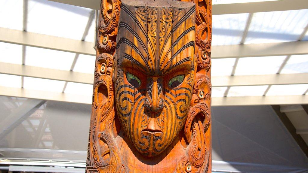 Te Puia New Zealand Maori Arts and Crafts Institute ofreciendo cultura indígena y arte