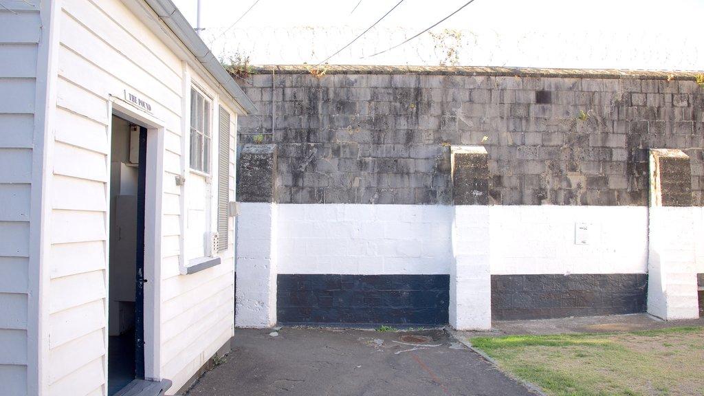 Napier Prison que incluye elementos del patrimonio