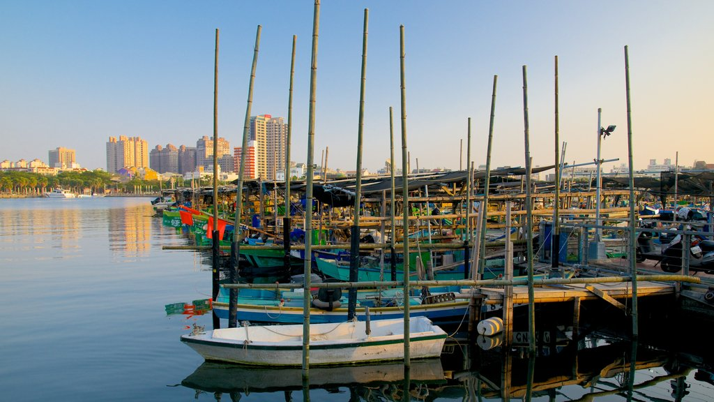 Anping Harbor featuring a marina