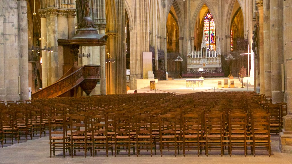 Metz Cathedral showing interior views, heritage elements and a church or cathedral