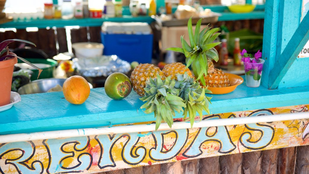 Placencia Beach showing food