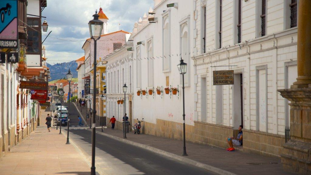 Sucre showing a city