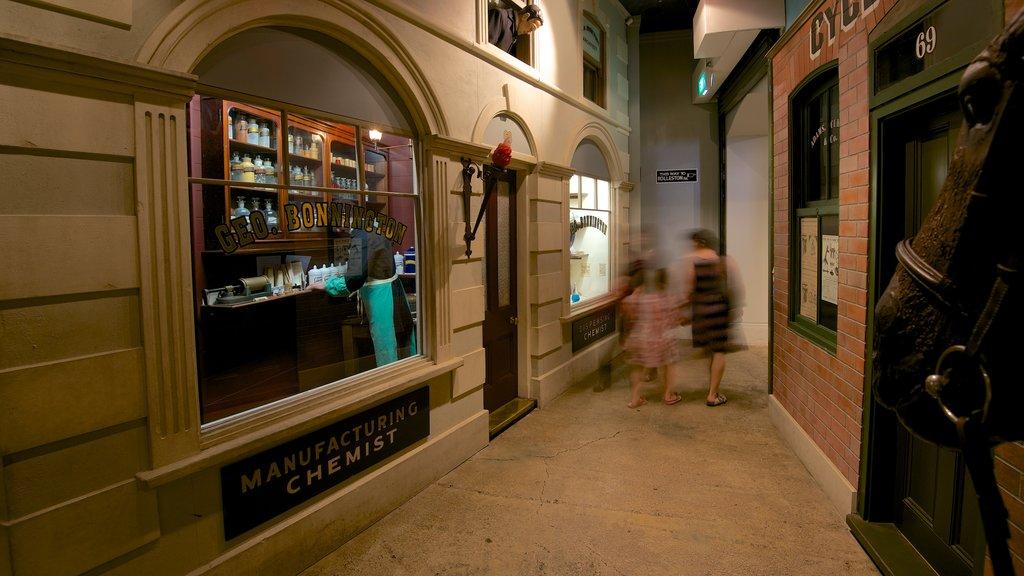 Canterbury Museum mostrando vistas interiores