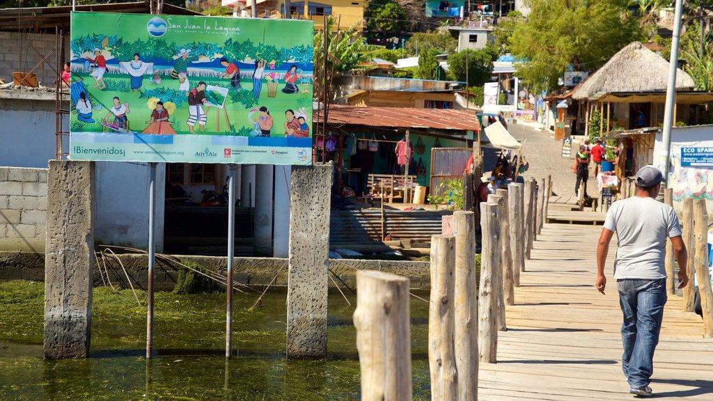 San Juan La Laguna showing a coastal town