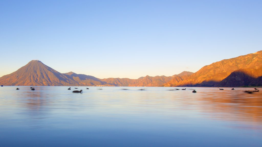 San Pedro La Laguna featuring general coastal views and mountains