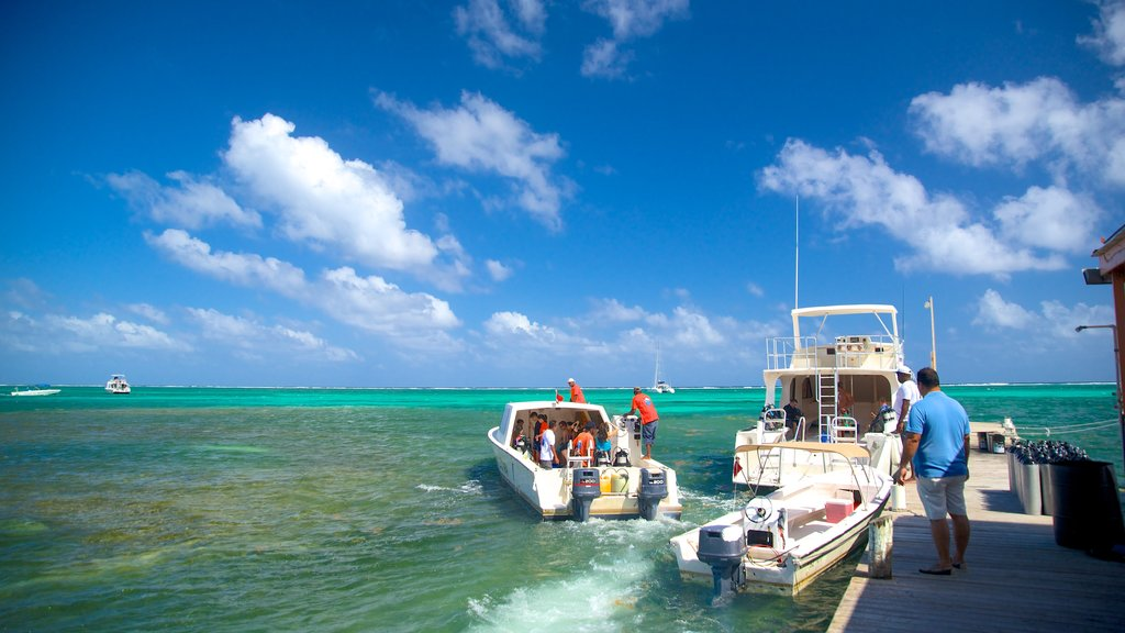 San Pedro which includes boating and general coastal views