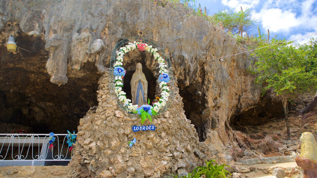 Lourdes Grotto Pictures: View Photos & Images of Lourdes Grotto