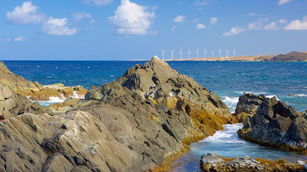 Conchi Natural Pool showing general coastal views