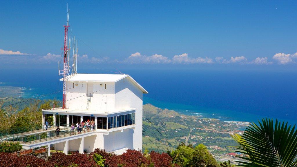 Pico Isabel de Torres showing a gondola and general coastal views