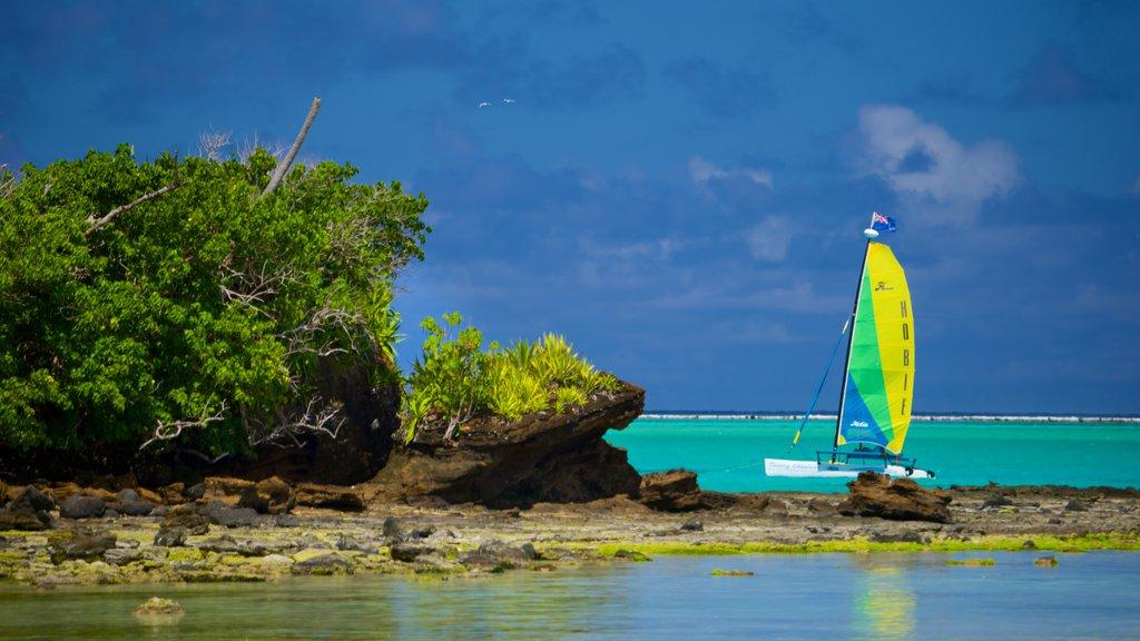 Aitutaki mostrando costa rocosa y navegación