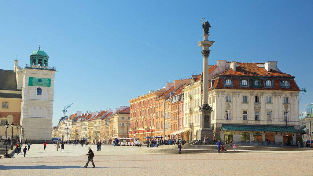 Warsaw showing a city and a square or plaza