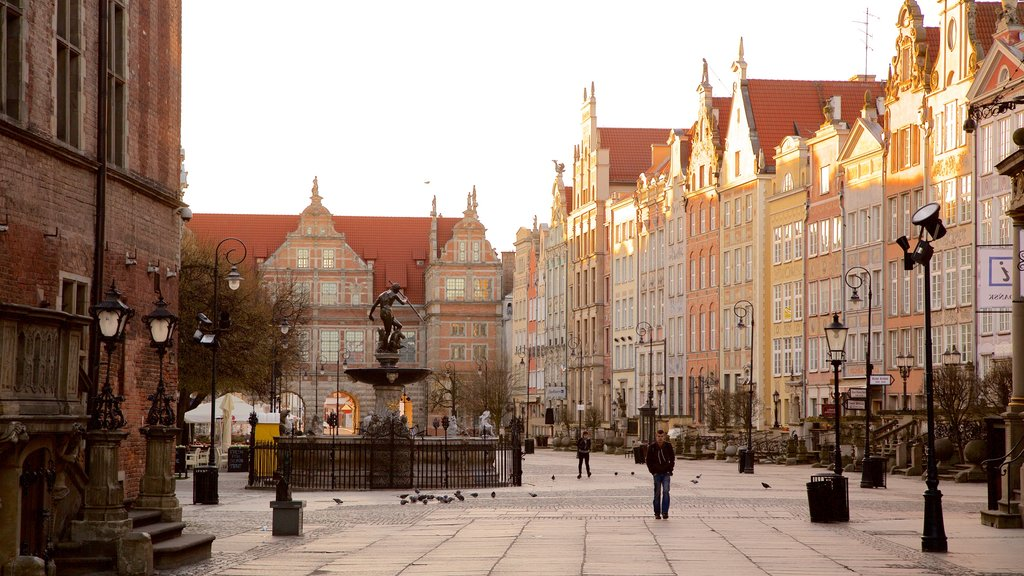 Gdansk showing a city