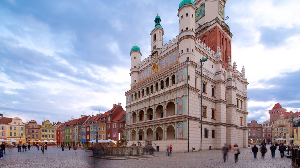 Poznan Town Hall showing heritage elements, a square or plaza and heritage architecture