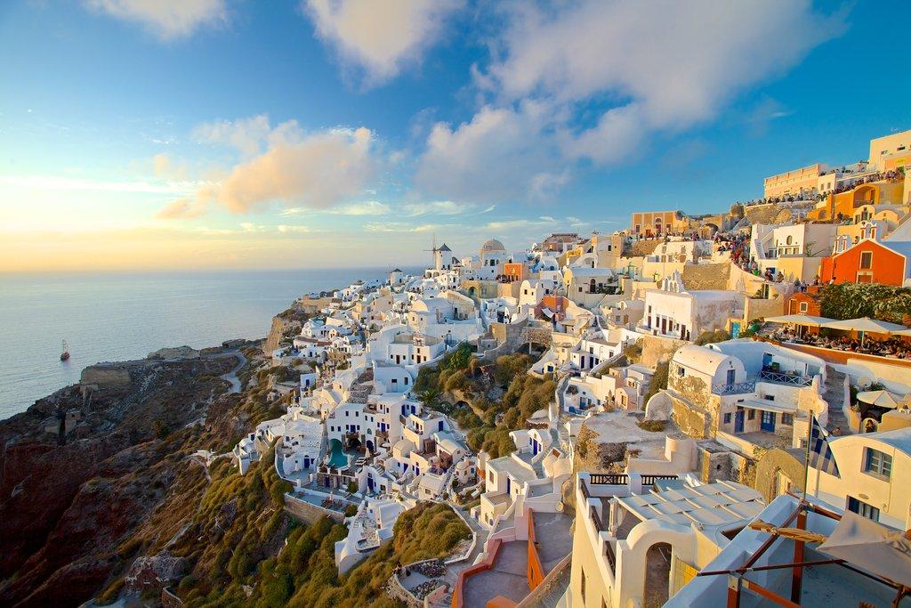 Explore - The travel magazine from Expedia
