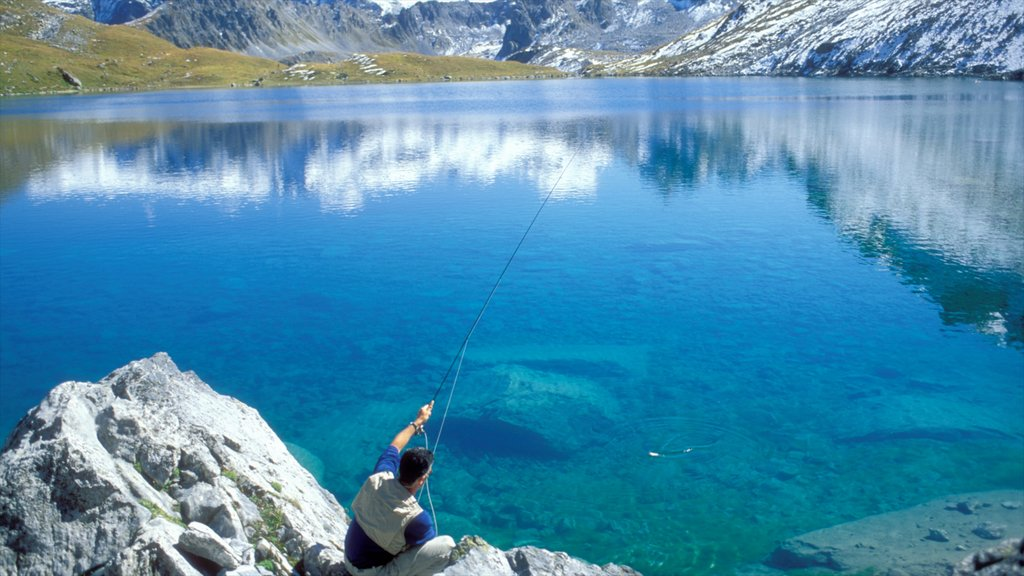 Alpes du Nord which includes fishing and a lake or waterhole as well as an individual male