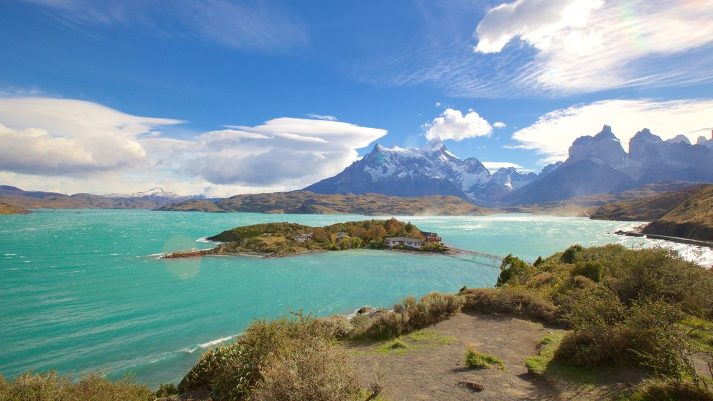 Torres Del Paine showing mountains, landscape views and a lake or waterhole