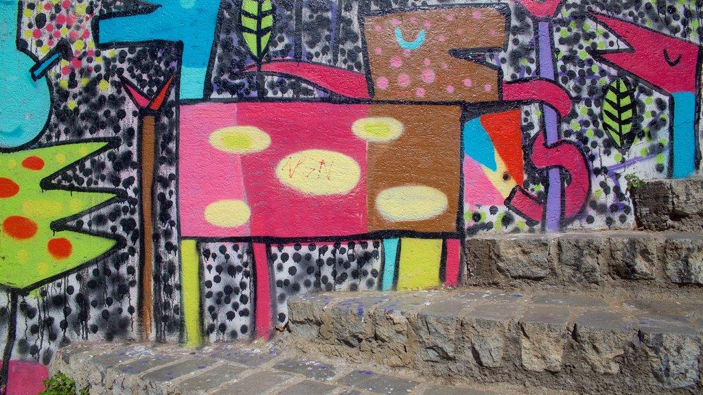 Open Air Museum of Valparaiso featuring outdoor art