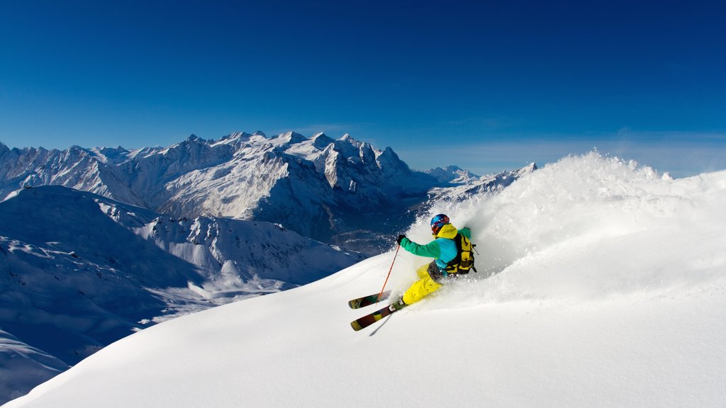 Hasliberg showing mountains, snow and snow skiing