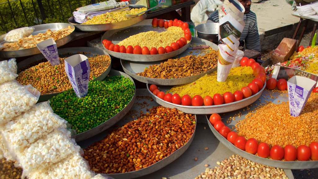 Jaipur showing food and markets