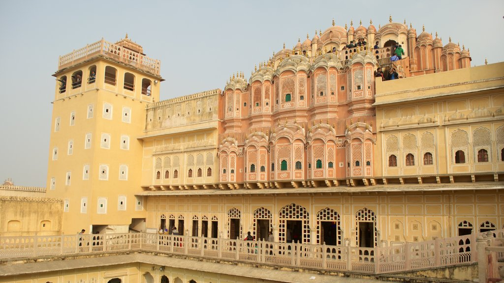 Hawa Mahal featuring a temple or place of worship and a mosque