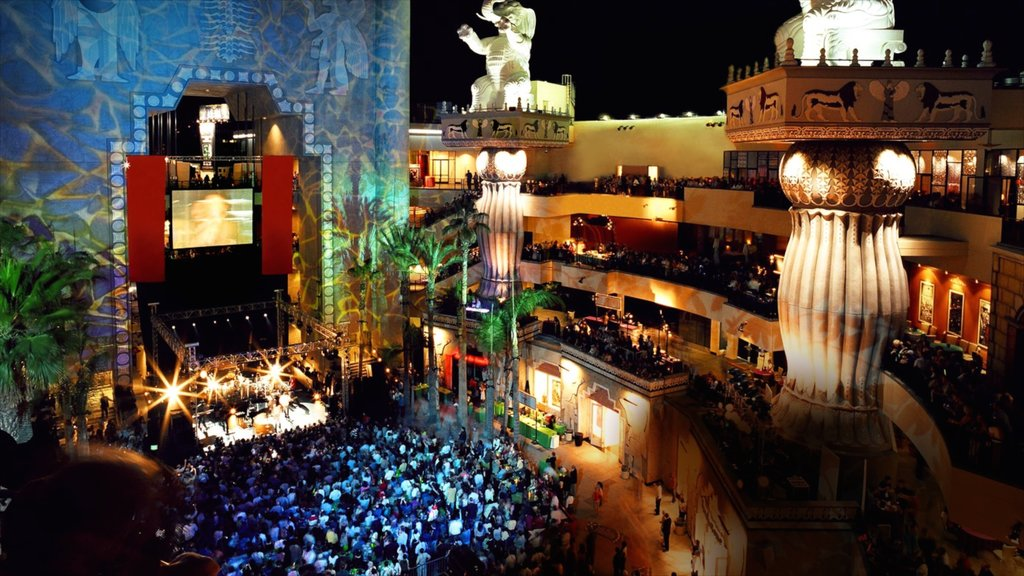 Hollywood featuring music, night scenes and performance art