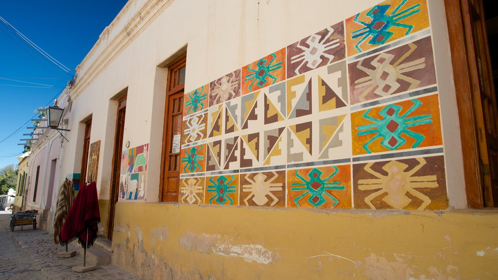 Humahuaca featuring outdoor art