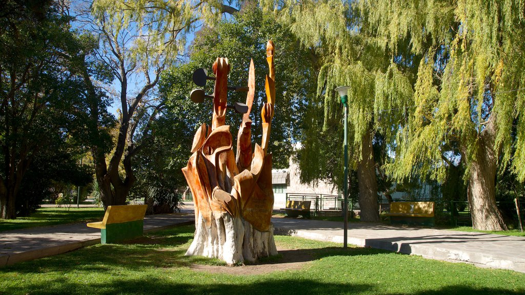Puerto Madryn featuring outdoor art