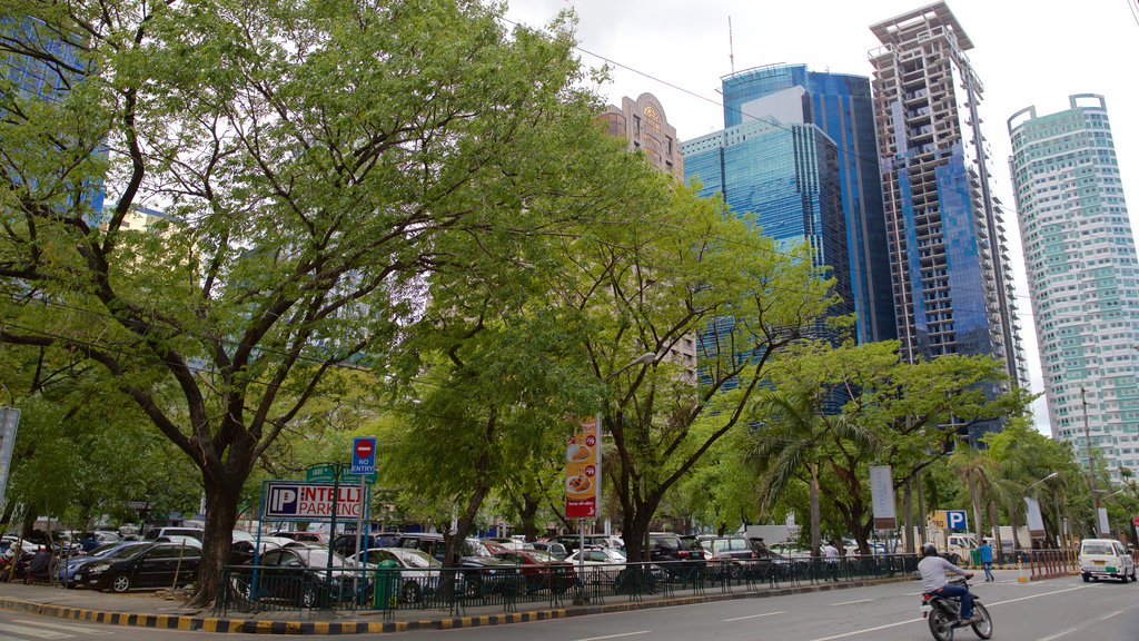 Ortigas Center showing street scenes
