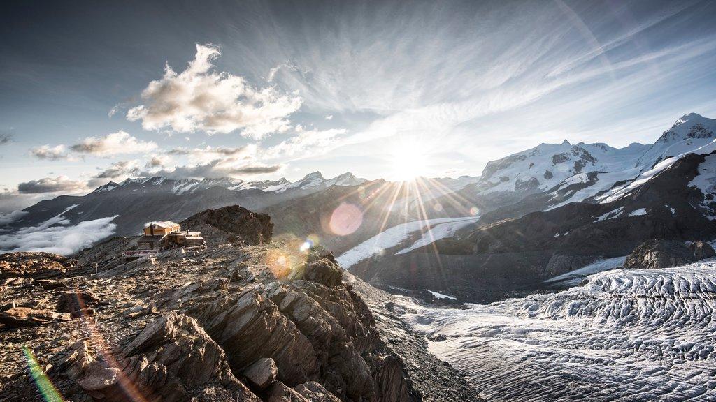 Matterhorn showing a sunset and snow