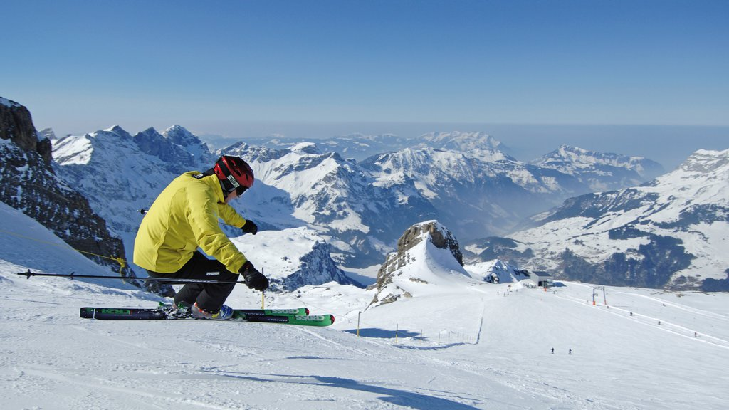 Engelberg-Titlis Ski Resort which includes snow skiing and snow