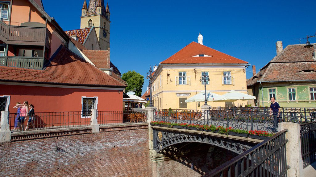 Sibiu showing heritage architecture and a bridge