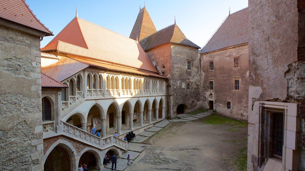 Hunedoara Castle which includes heritage architecture