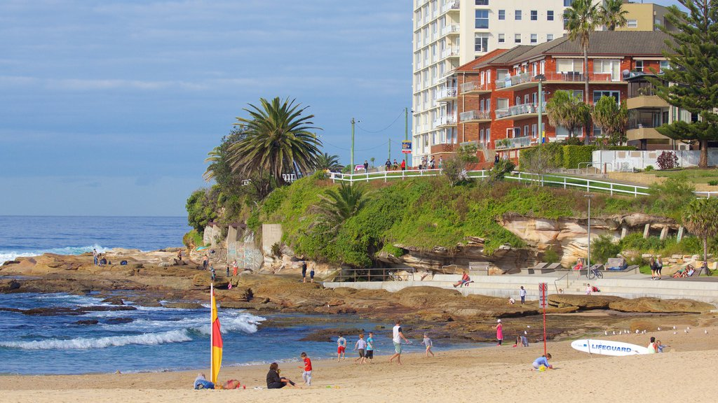 Cronulla Beach which includes a beach and rocky coastline