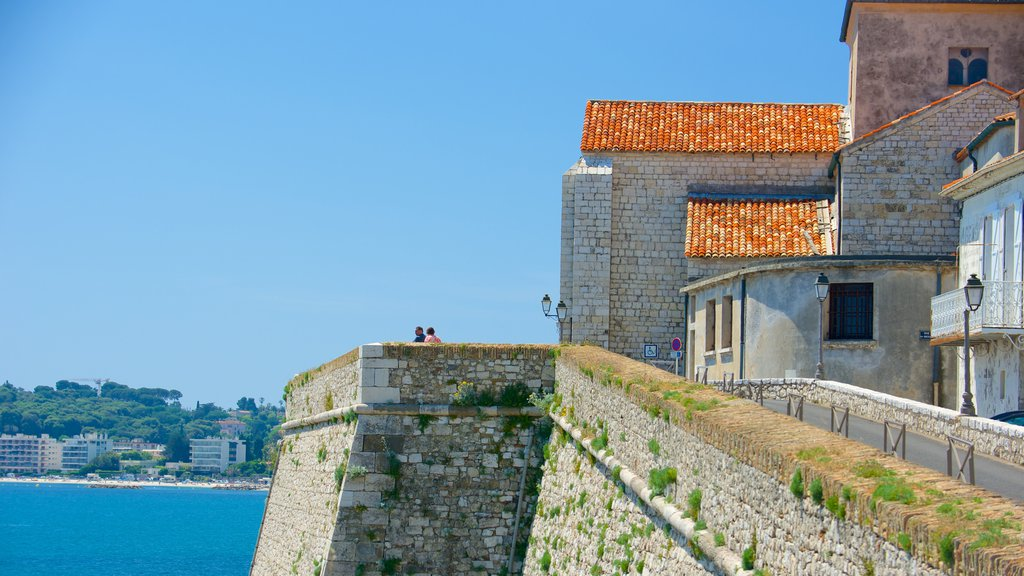 Antibes which includes a coastal town and views