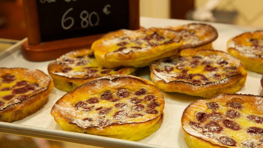 Amboise showing food
