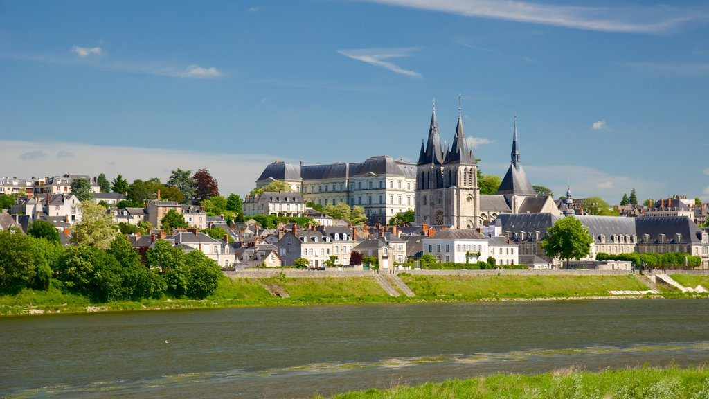 Blois featuring a small town or village and a river or creek