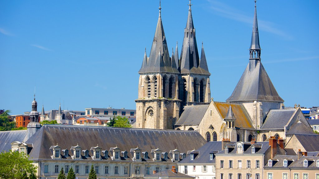 Blois which includes a church or cathedral and a city