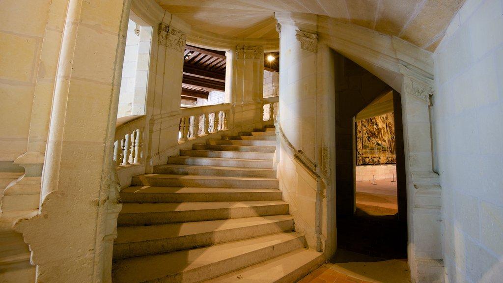 Chateau de Chambord which includes interior views and a castle