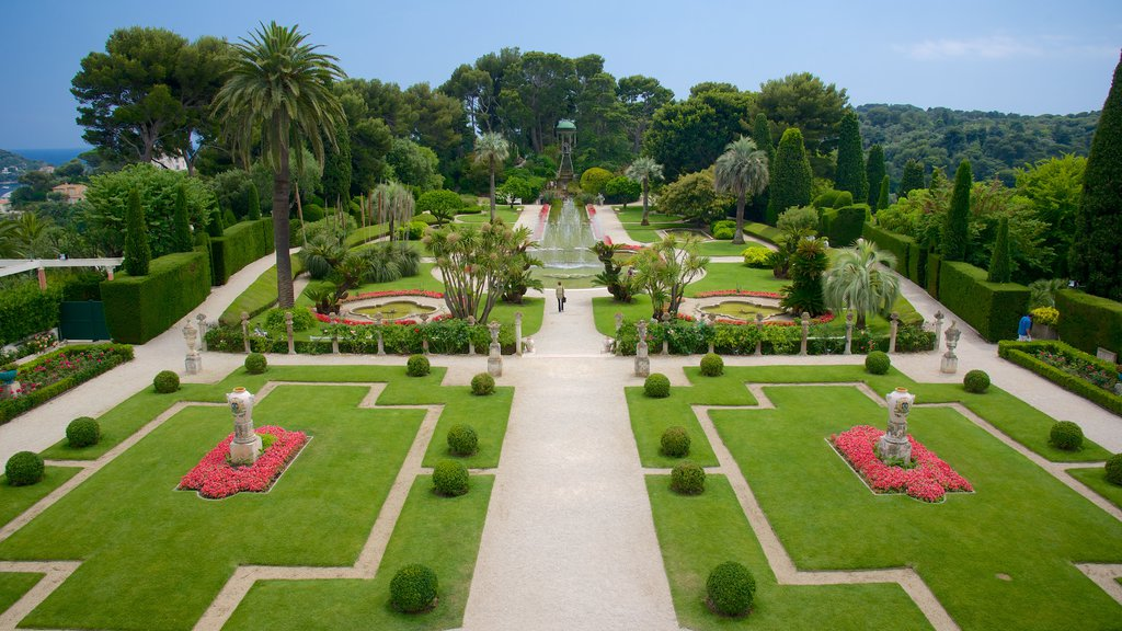 Villa Ephrussi which includes a park